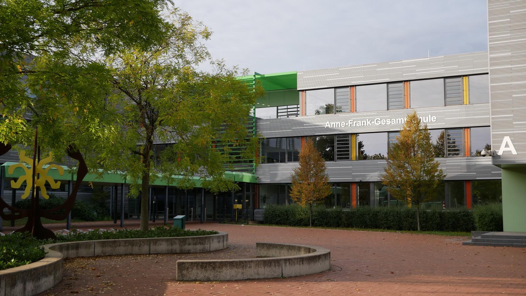 2019-10-05 AFS-Gebäude 10_M