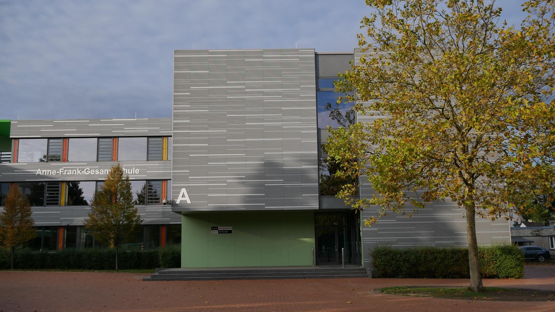 2019-10-05 AFS-Gebäude 11_M