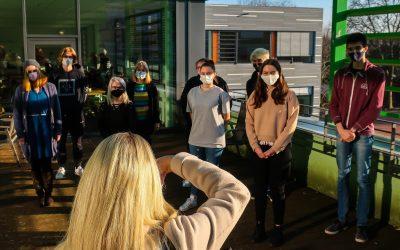 """Die Neue Westfälische zu Besuch bei der Schülerzeitung """"Virus"""""""